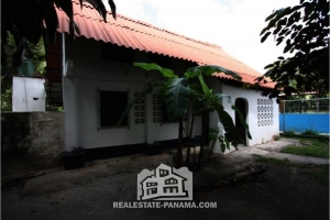 Isla Grande Two Level Home - $60,000