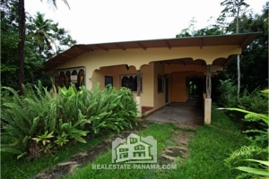 Charming Country Home in Nuevo Tonosi Colon - $94,500