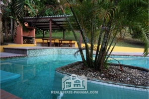 Cacique Ocean View Home in Costa Arriba of Colon