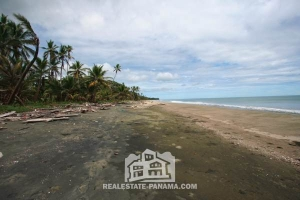 Caribbean Titled Beachfront Homesite - $145,000