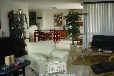 El Cangrejo 3 Bedroom Penthouse